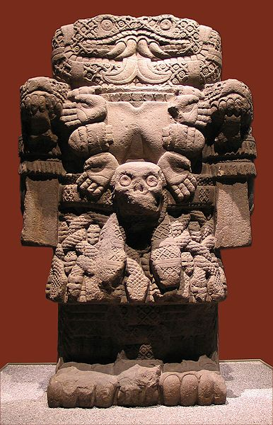 Image 13. Statue of Coatlicue displayed in National Anthropology Museum in Mexico City [Mexico]. Photo by Luidger.