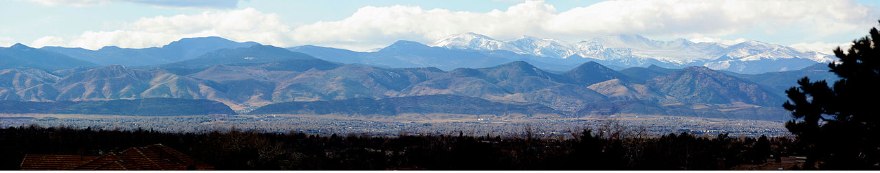 Image 3: The Front Range of the Rocky Mountains. Panorama taken from Westlands Park in Greenwood Village, Colorado [USA]. Photo by Adam Ginsburg (December 31, 2015).