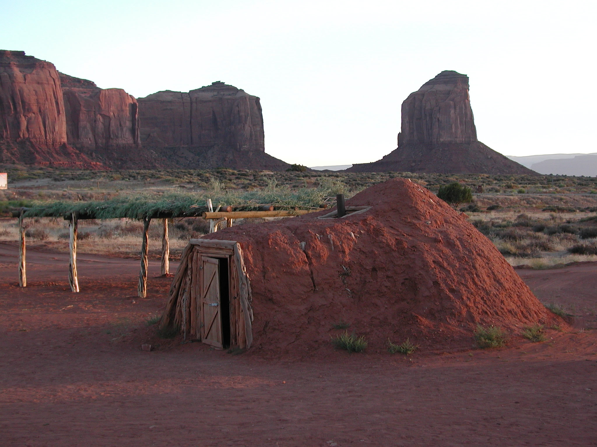 Image 7. A male fork-pole hogan from Monument Valley [Colorado, USA], June 2007. Permission from, Kevin Blake (http://www.k-state.edu/geography/kblake/).