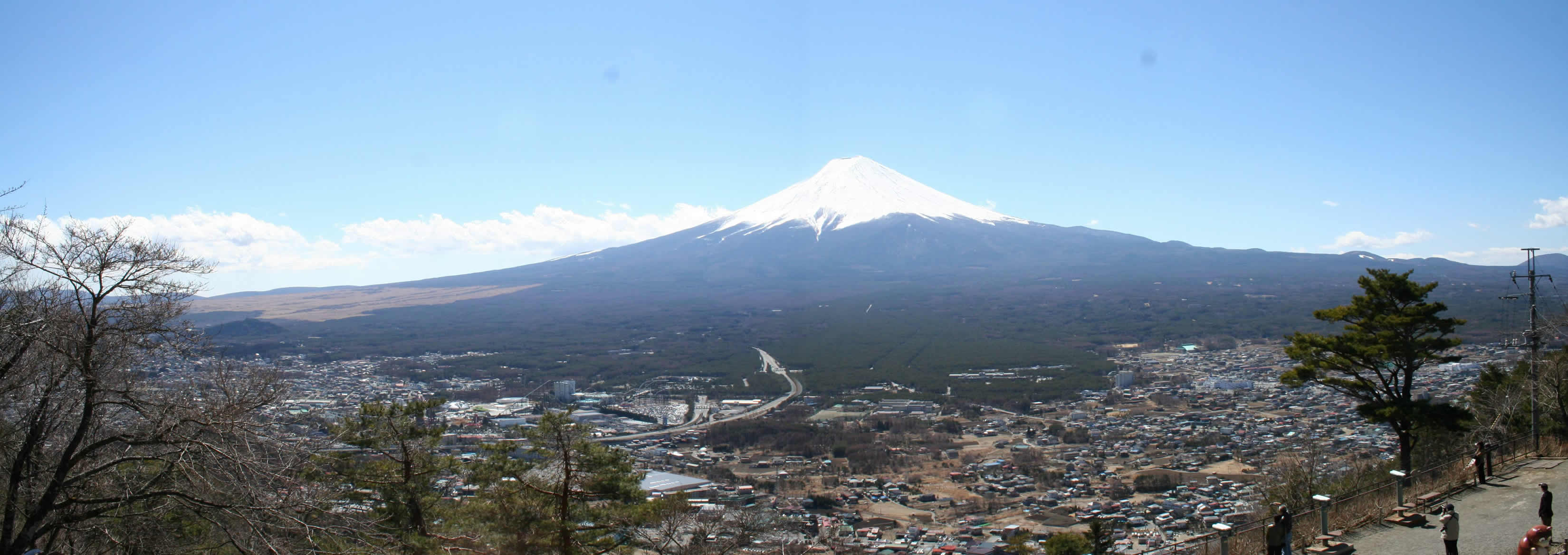 Image 5. Mount Fujiyama from Mount Tanjo on a clear day in mid October [Honshu Island, Japan]. Photo by Amarpreet Singh.